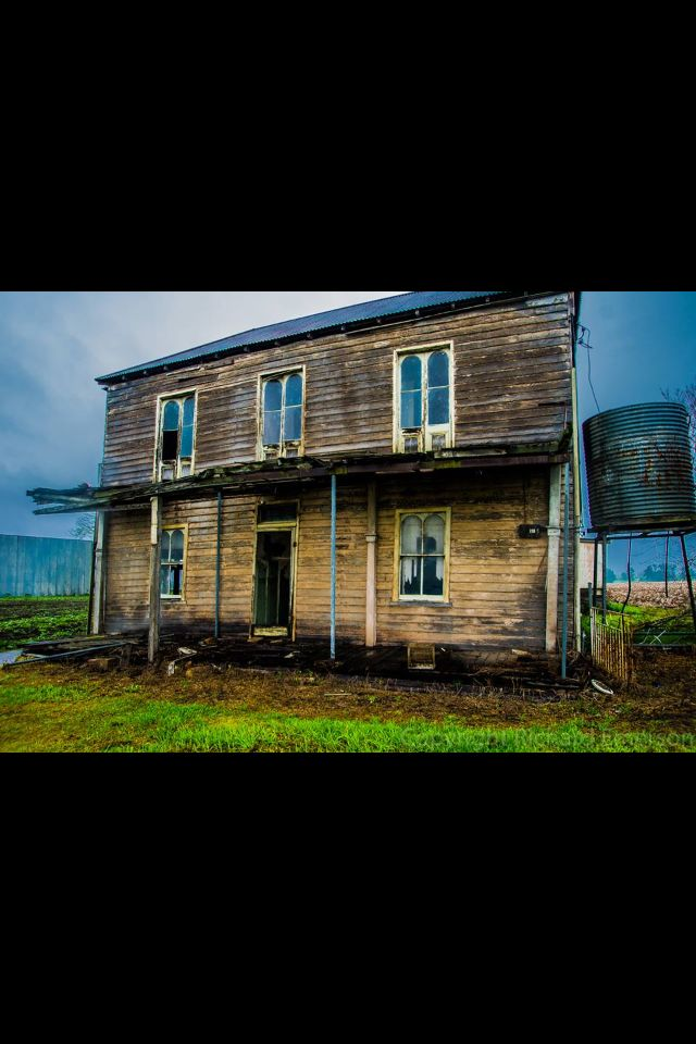 Old derelict house, Windsor NSW.