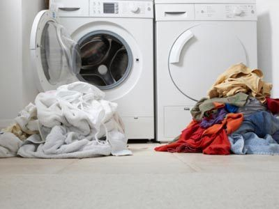 Washing machine dos and don'ts Do separate your clothes into separate batches  Some washing machines can take more than others, so it is important to figure out how much yours can wash. Don't overload otherwise some items won't get clean. And don't forget, whites, blacks and colours need to be washed separately. Health  Fitness Superstore Health Products Baby Care Nutrition Personal Care Shaving Health Care Equipment Weight Loss Oral Care Mobility More .....