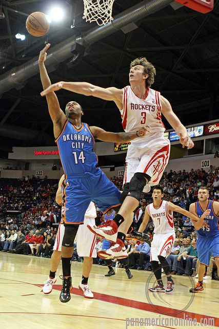 7 Reasons why the Houston Rockets should not trade Omer Asik