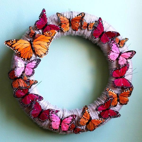 Corona de mariposas manualidades ceramica and corona - Manualidades decorativas para el hogar ...