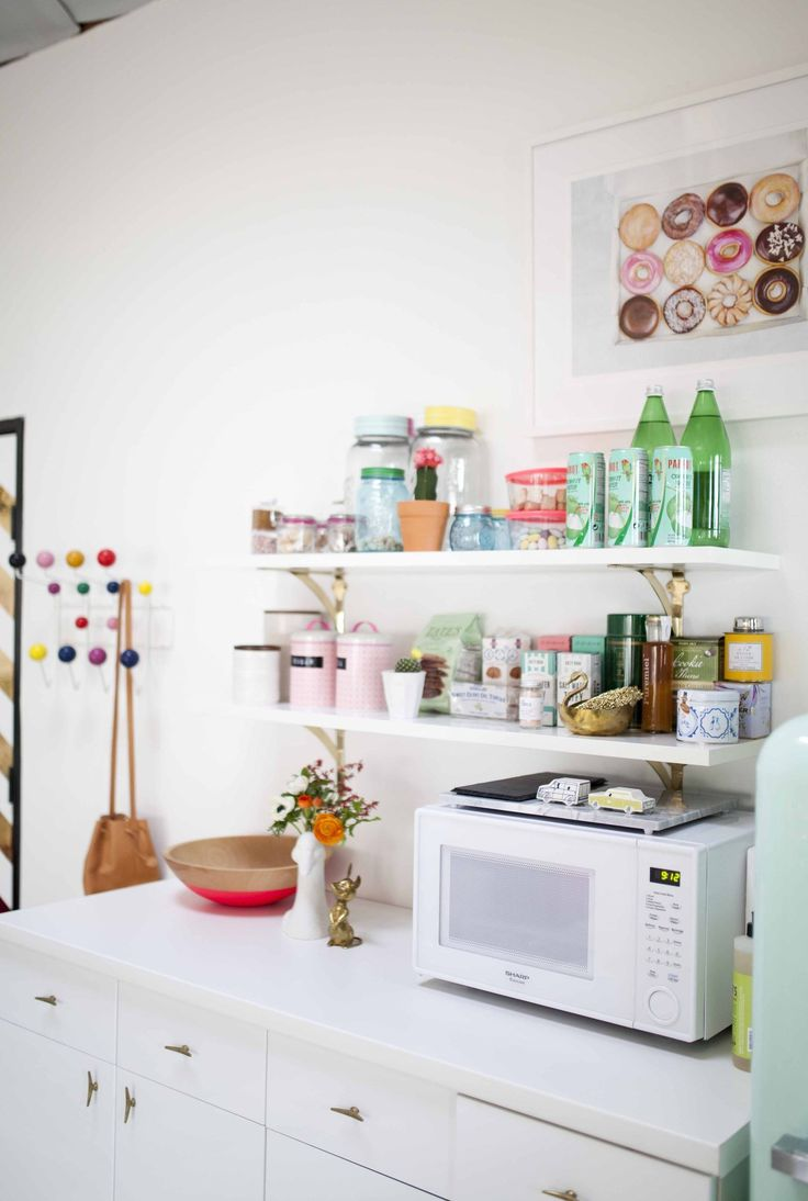 We asked you to share your genius organizing tips — any smart ideas or solutions that have made your life in the kitchen better and easier. You came back loud and clear with some great tips (a few that were new even to us!). Here are the top 18, a must-read if you're looking to give your kitchen an organizational boost. We're inspired — how about you?