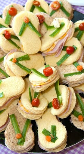 Flip Flop Sandwiches ~ cute idea for a beach or spa themed party
