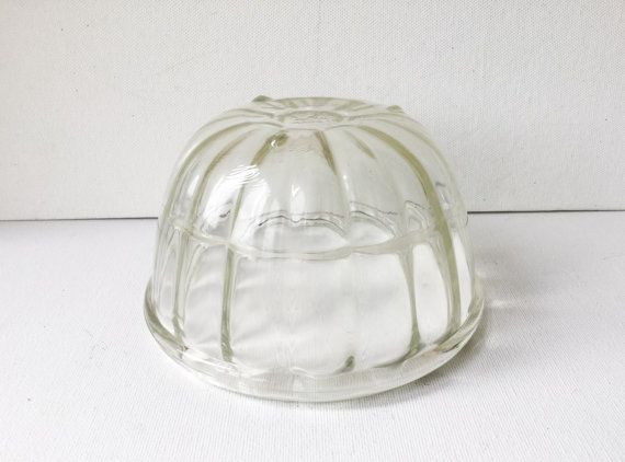 Vintage JAJ Pyrex Jelly Mould, Clear Glass Fluted Jelly or Blancmange Mould, 1 Pint Capacity, J A Jopling, 1950s, 01114