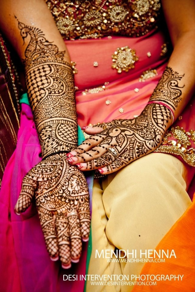 Mehndi Bride Poses : Bridal mehndi and henna parties for more info http