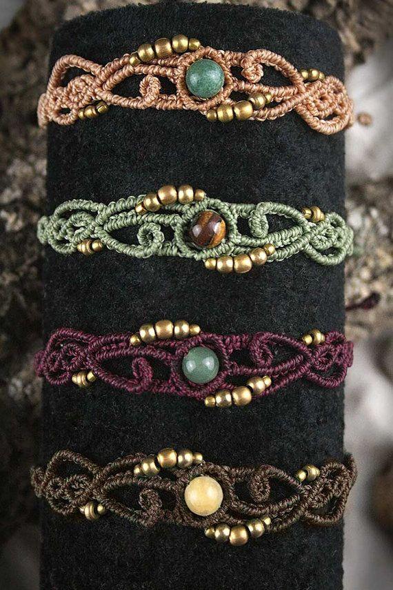 Soul Symmetrie Bracelet Makrame Bracelet Tribal von MacramaniaShop                                                                                                                                                                                 Mehr