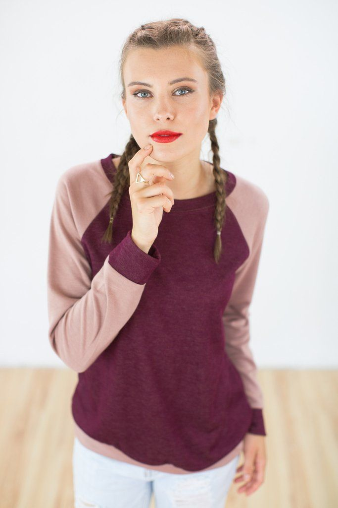 """Sweater Phunky in Raspberry-Dusky pink.Super comfy sweater crafted from a soft viscose fabric. The """"Phunky"""" sweater fits loose and the contrasting raspberry and dusky pink colors make it unique. Easy to wear, this is the perfect sweater to transition into autumn."""