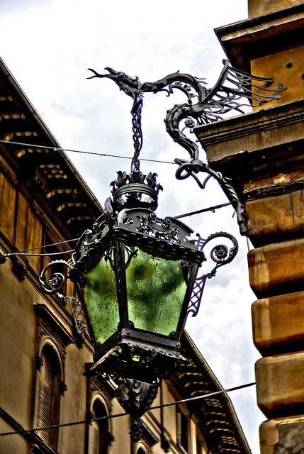 Dragon holding lamp_Reggio Emilia, Italy