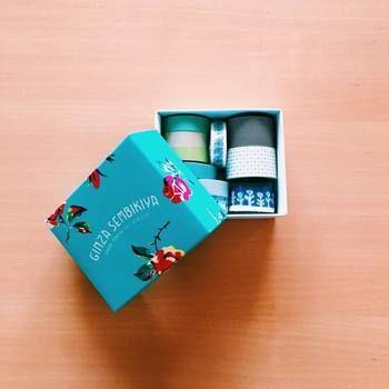 千疋屋の美しい箱はマスキングテープ収納に。 中のテープを箱の色と同じテイストにしたらさらにオシャレ感UP。