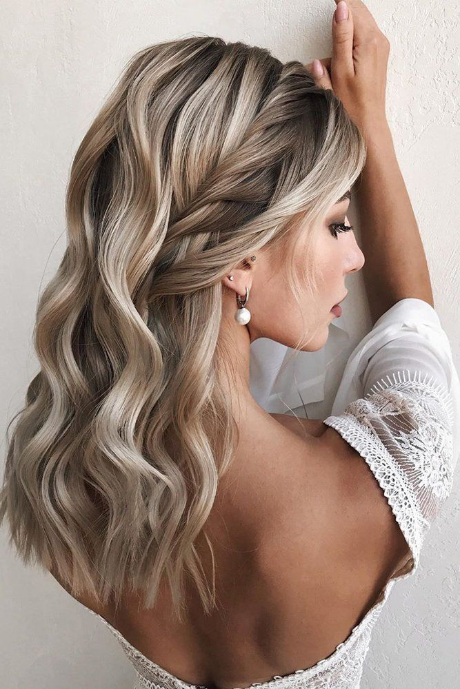 33 Stylish Wedding Hairstyles With Hair Down Wedding Forward In 2020 Wedding Hair Down Hair Looks Hair Styles