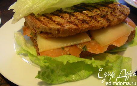 Рецепт – Сэндвич-гриль с копченым лососем и сыром