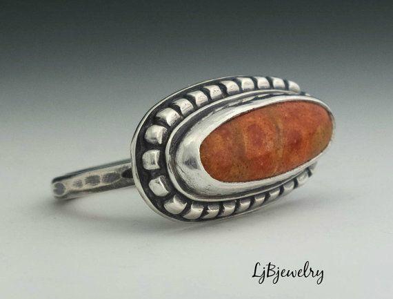 Anillo de plata Apple anillo de Coral declaración por LjBjewelry