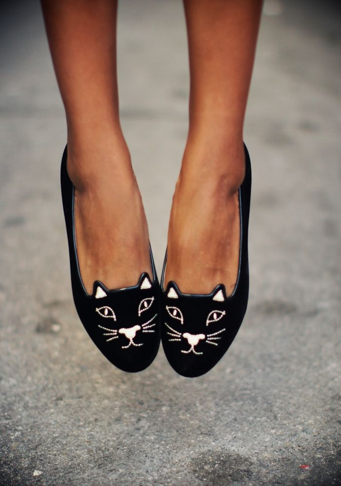 Fancy Flats...looking for flats in stand out colors, patterns, and styles.