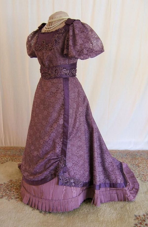 Victorian Elegant Ball Gowns | Victorian Ball Gown by katie