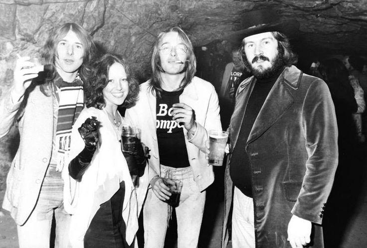 Mick Ralphs (Bad Company), Lisa Robinson, Simon Kirke (Bad Company) & John Bonham.