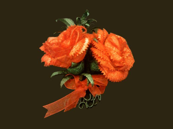 İpek Kozasından Karanfil (yaka iğnesi) Sipariş vermek için: www.ipekelsanatla... - info@ipekelsanatl... ***************************************** Carnation made of silk cocoon (boutonniere) Buy it Online! www.ipekelsanatla... - info@ipekelsanatl... #ipek #koza #karanfil #cicek #carnation #silk #cocoon #handmade #diy_crafts #design #flower #ipekbocegi #ipekelsanatlari