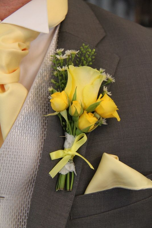 Yellow Rose Boutonniere (Kayla, I l love this with one with rose and then little ones, but, not yellow of course!) You could do some other flower, I am sure instead of roses.