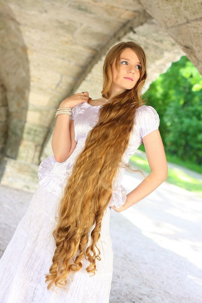 Knee Length Long Hair Model Hair Amp Beauty Tips