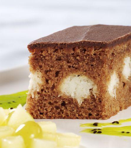 Kakaový koláč s tvarohom - Recept pre každého kuchára, množstvo receptov pre pečenie a varenie. Recepty pre chutný život. Slovenské jedlá a medzinárodná kuchyňa