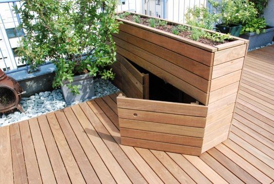 Dachterrasse mit holz pflanzgef zum aufklappen ideen for Schrank zum aufklappen