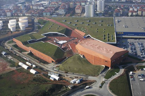 Located in Umraniye/Istanbul, Meydan Retail Complex and Multiplex is designed by Foa-Foreign Office Architects in 2007