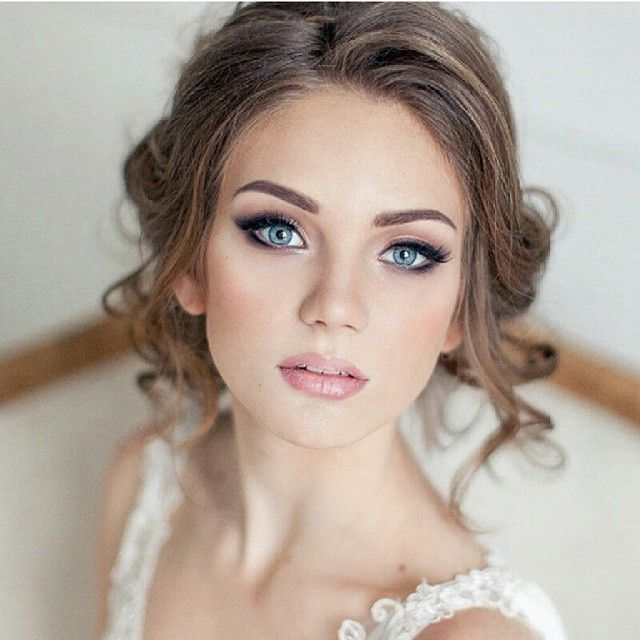#wedding #makeup @elstilespb #bride #pannamloda #poprostupieknie #bridalstyle #bridalprep #bridal #bridalmakeup #makijaż #slub #wesele #love #jestpieknie #slubny #weddingupdo #fryzuraslubna #usta #bride2015 #slubnaglowie #instagood