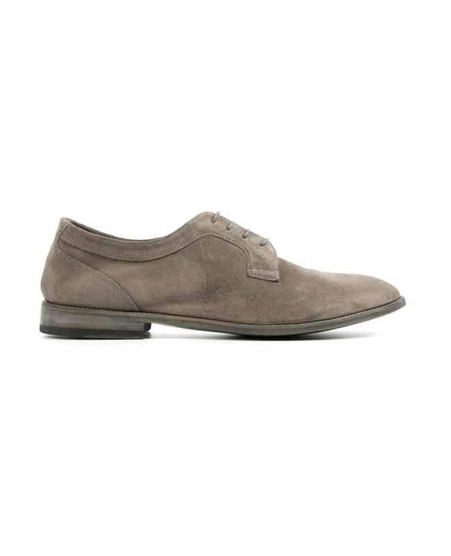 Herenmode, Alexander Hotto Suède molière in de kleur taupe. Alexander Hotto ontwerpt schoenen voor de moderne man die zich wil onderscheiden. MEER  http://www.pops-fashion.com/?p=27589