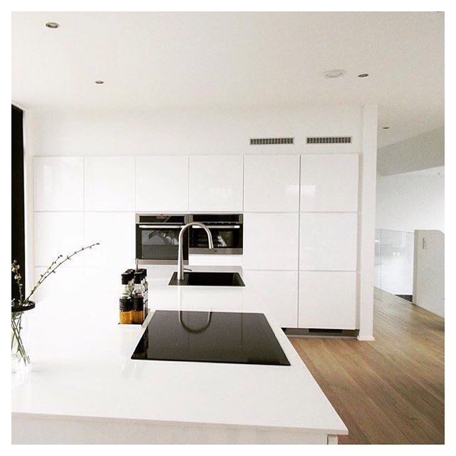 Nordic simplicity Cred: @pottelotte11 #kvikkitchen#kvik#kitchen#køkken#kitcheninspiration#manobykvik