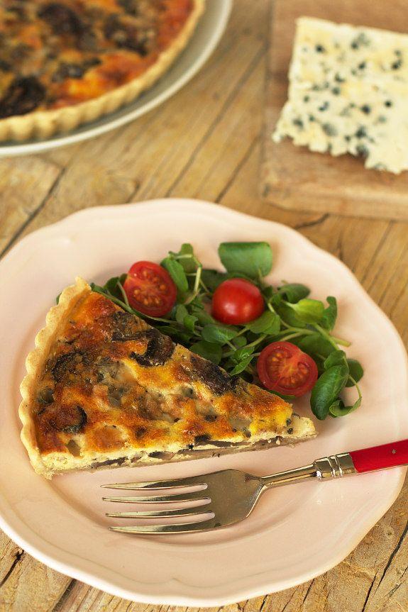 Cinco Quartos de Laranja Tarte de cogumelos com queijo roqueford