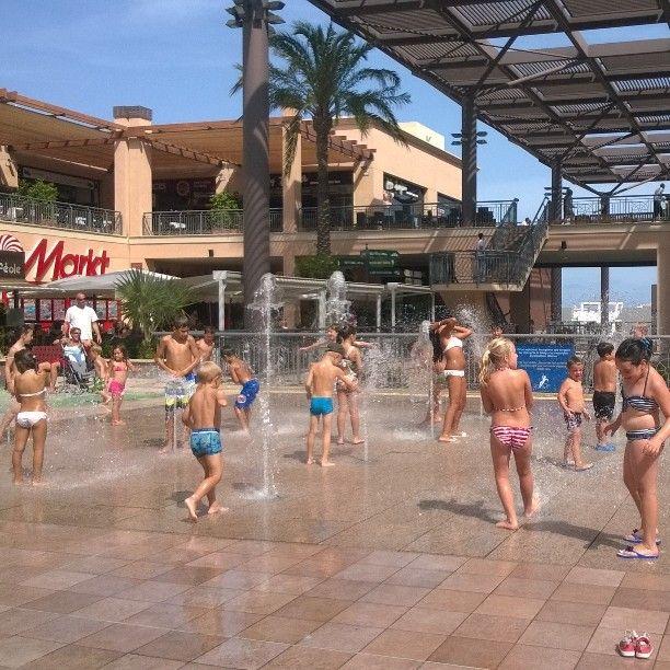 Kids having fun today at #Zeniabulevard in #Torrevieja #Spain