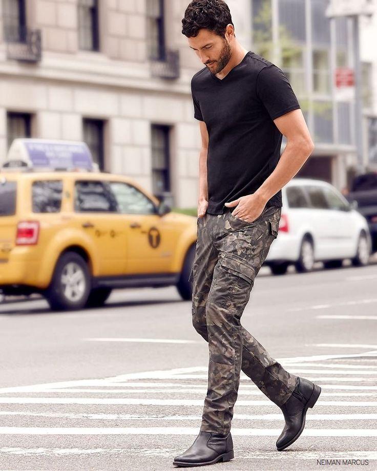 How to Pose Like a Top Male Model image Neiman Marcus Fall 2014 Menswear Fashions Noah Mills 004