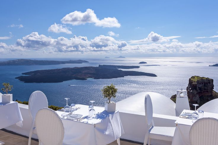 When it comes to fine ‪#‎dining‬ look no further than the new Astra ‪#‎Restaurant‬, where irresistible tastes and stunning ‪#‎views‬ are a welcome temptation!