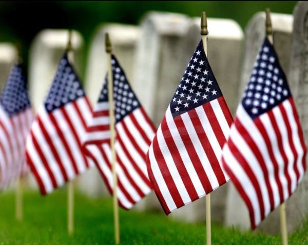 We want to honor our fallen men and women on Memorial Day. We are forever grateful for your sacrifice and you will be forever remembered🇺🇸 #MemorialDay #dad #mom #brother #sister