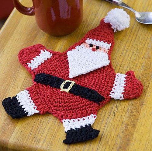 Free crochet Santa hot pad pattern.