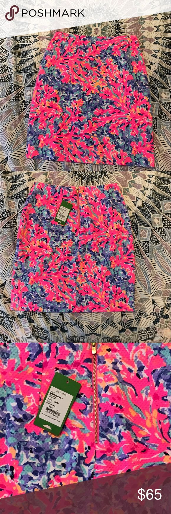 Lilly Pulitzer Coco Crab Skirt NEW WITH TAGS Perfect for work or fun! Great bright color for summer! Stretch Material fits great! True to size Lilly Pulitzer Skirts Pencil