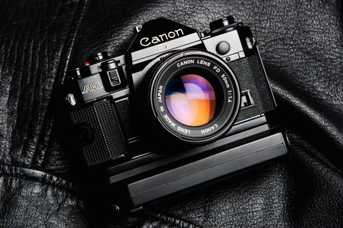 There are tons of old film cameras that folks still love and use. Many of these cameras lasted for years in the market and some even lasted until very recently. And while lots of cameras may be in the memory of photographers, here are some that we really miss.