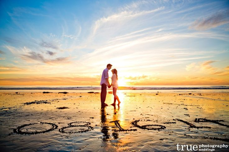 nice Romantic beach picture ideas for couples