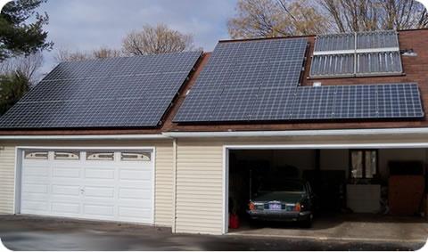 http://www.cheap-solar-panels.net/rooftop-solar.html Roof top solar power systems. Solar panels on roof