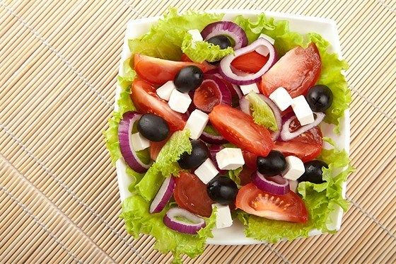 Greek salad with olive oil. Recipe: http://wonderdump.com/greek-salad-with-olive-oil/