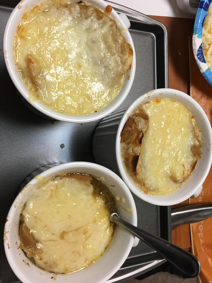 [Homemade] French Onion Soup with Gruyere and Emmental Cheese on French Bread slices http://ift.tt/2mcGhkw