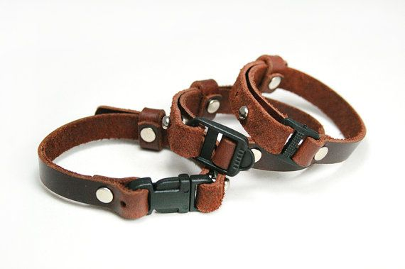 leather breakaway collar breakaway cat collar leather dog collar personalized collar cat. Black Bedroom Furniture Sets. Home Design Ideas