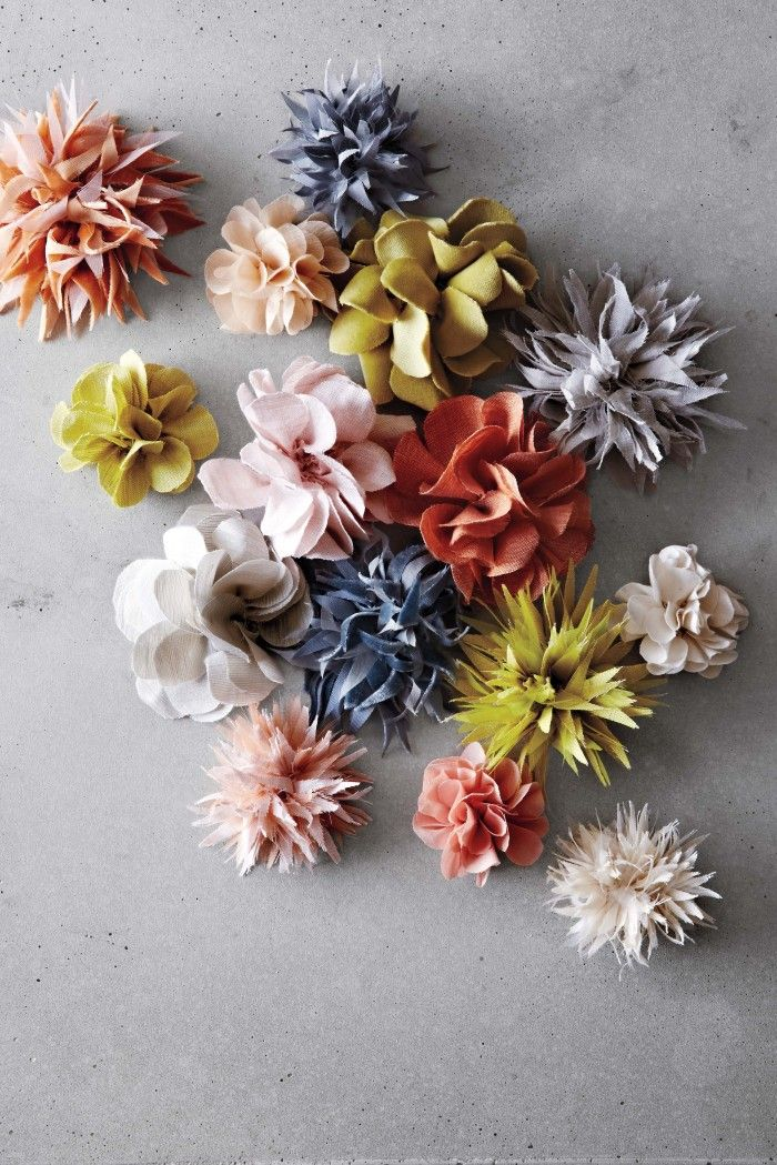 DIY - pansy and dahlia fabric flowers