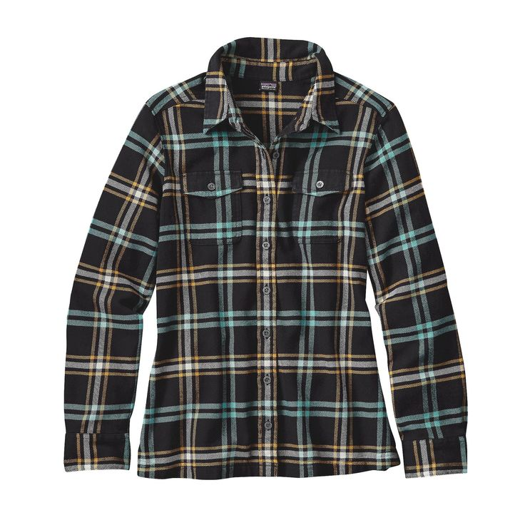 Fashioned from soft organic cotton flannel, the Patagonia Women's Long-Sleeved Fjord Flannel Shirt has classic flannel shirt styling in beautiful plaids.