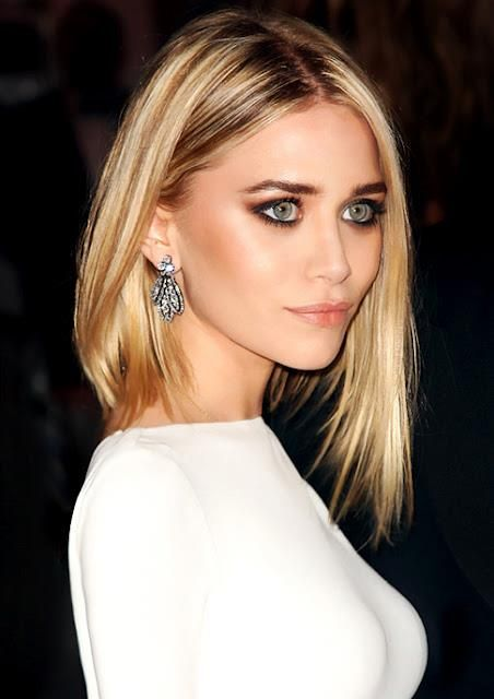 I'm not normally a fan of short hairstyles, but this one is lovely. Makijaż wg Olsen