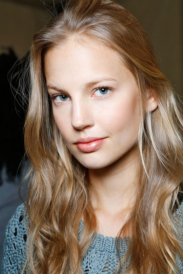 7 Hair Mistakes You're Probably Making #refinery29  http://www.refinery29.com/54730#slide-7  The Move: Not Giving Your Hair A BreakWhat's Wrong With It: Just like you sometimes need a day (or a whole weekend) to just lay on the couch and bingewatch Scandal while downing foods that don't require you to use dishes or utensils, so too does your hair need the occasional lazy day. Heat styling your hair every day and not giving it a little ext...