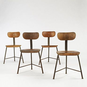 Bauhaus - three legged chairs
