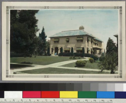 [Exterior: front view]. http://digitallibrary.usc.edu/cdm/ref/collection/p15799coll61/id/1154