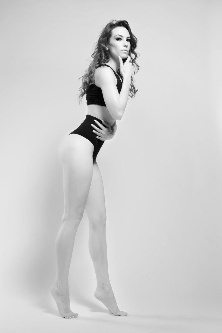 Andreea / Ballerina by Răzvan Brateş on 500px