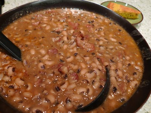 black-eyed peas with pork shoulder and bacon