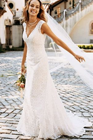 Google Image Result for http://4slove.files.wordpress.com/2012/07/best-lace-wedding-dresses.gif%3Fw%3D620