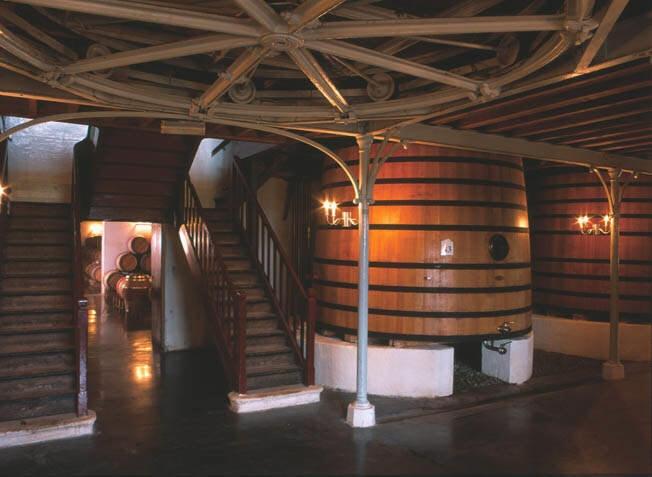 Video Pontet-Canet quatre saisons. La vie du Domaine en musique #wine